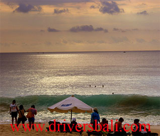 sunset at dreamland beach bali
