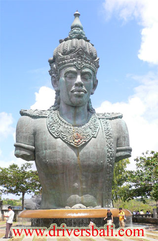 gwk statue at pecatu village