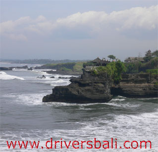 batu bolong temple west part of tanah lot temple