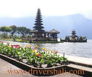 ulundanu temple at beratan lake bedugul bali