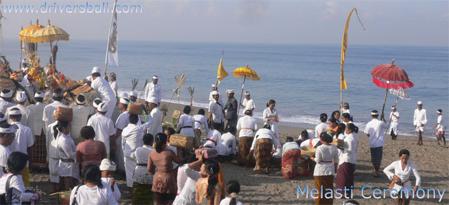 melasti ceremony at batu bolong beach canggu bali